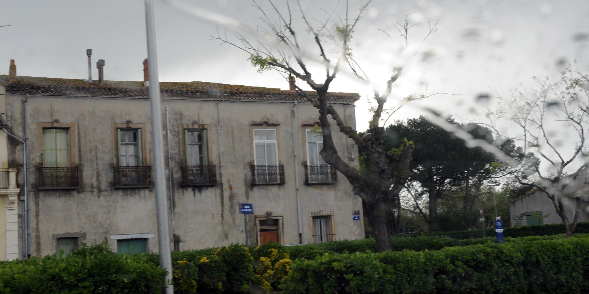 marseillan-regen.jpg