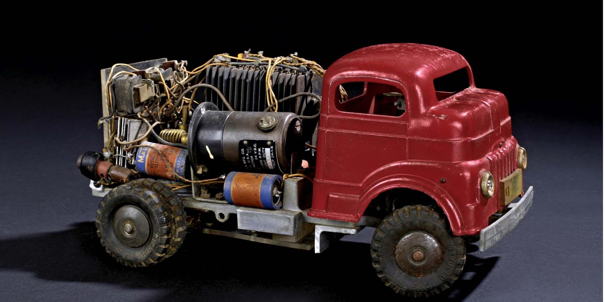 Shannon_Truck_1951-pano.jpg