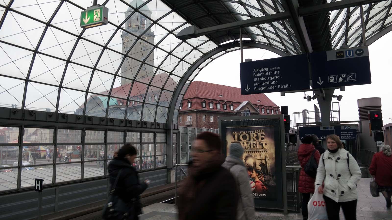 rathaus-spandau.jpg