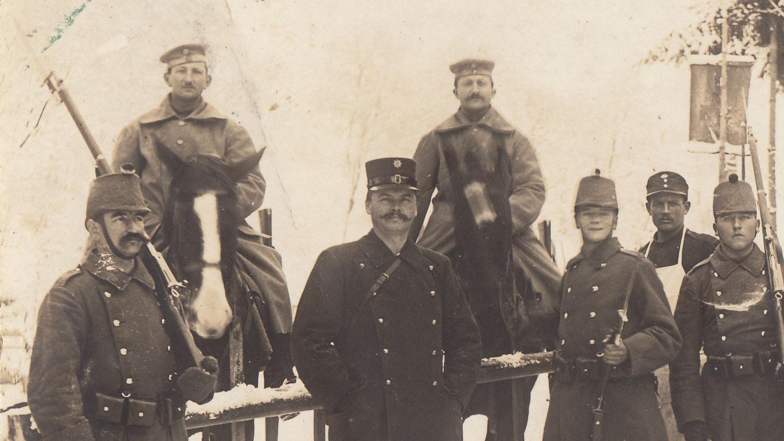 1915-winter-detail-dt-sold.jpg