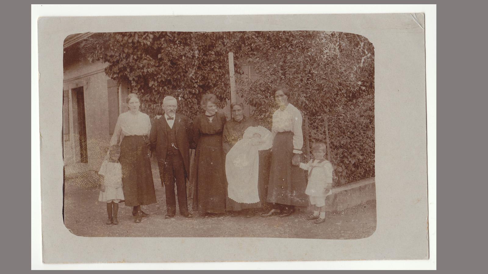 1917-taufe-anna.jpg